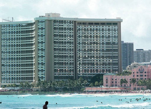 Photo of waikiki hotels, Royal Hawaiian and Sheraton Waikiki from the ocean
